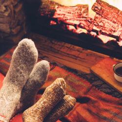 Det er koldt derude!  – Husk uldstrømper og kashmir strømper